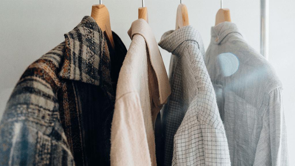 Camicie vintage anni sessanta con materiali diversi